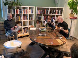 Nico Dijkshoorn geeft een toegift aan Ruuds tafel